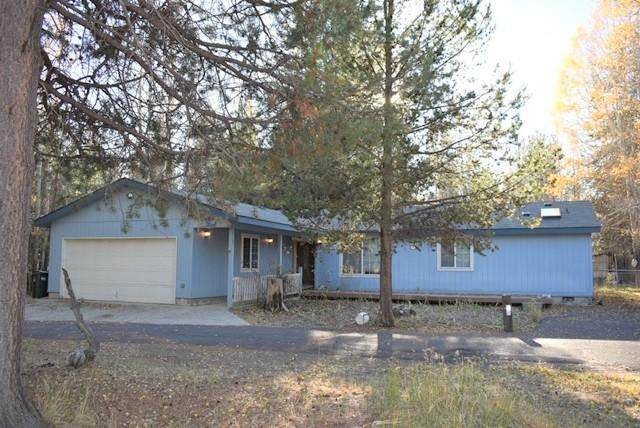 51475 Walker Street, La Pine, OR 97739 (MLS #220111388) :: Premiere Property Group, LLC