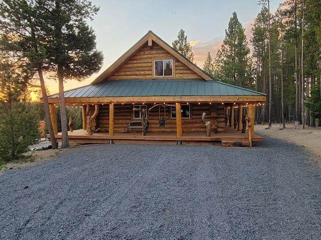 130232 Muley Road, Crescent Lake, OR 97733 (MLS #220124335) :: Coldwell Banker Sun Country Realty, Inc.