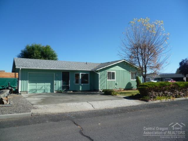 1528 NE Clearview Way, Prineville, OR 97754 (MLS #201810304) :: Pam Mayo-Phillips & Brook Havens with Cascade Sotheby's International Realty