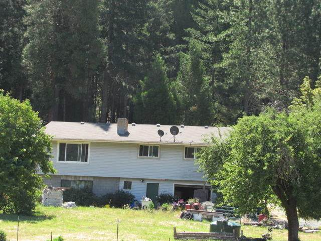 511 N Frontage Road, Wolf Creek, OR 97497 (MLS #220103904) :: FORD REAL ESTATE