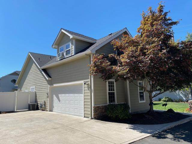 216 Trent Terrace, Central Point, OR 97502 (MLS #220108095) :: Rutledge Property Group