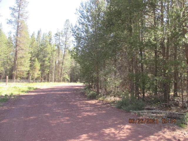 Lots 11-12 Scottview Drive, Chiloquin, OR 97624 (MLS #220125645) :: Berkshire Hathaway HomeServices Northwest Real Estate