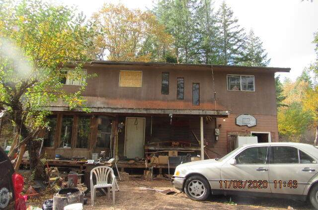 6481 Highway 227, Trail, OR 97541 (MLS #220118489) :: Bend Relo at Fred Real Estate Group