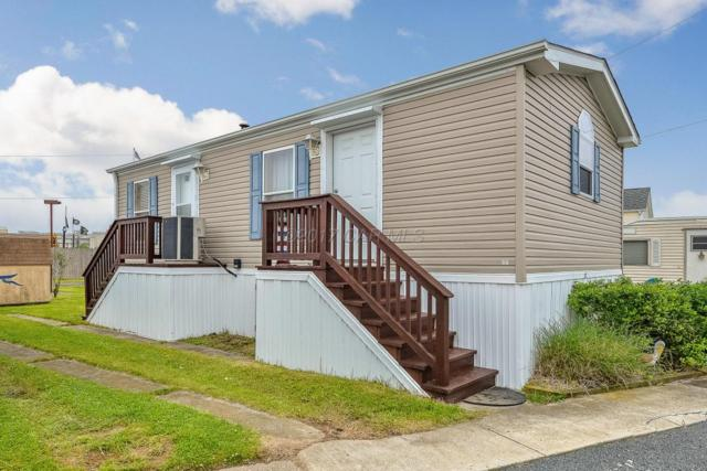 23 Middle Way Ln, Ocean City, MD 21842 (MLS #513906) :: The Windrow Group
