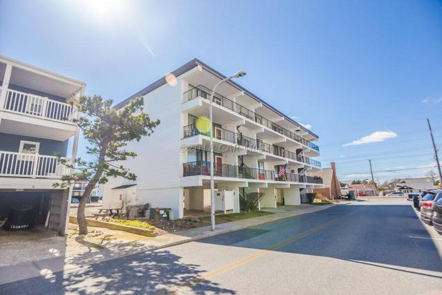 9 88th St #201, Ocean City, MD 21842 (MLS #515496) :: The Windrow Group
