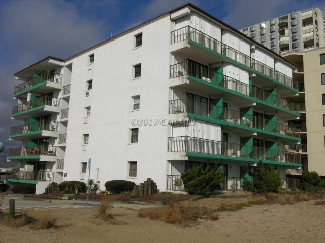 4 93rd St #301, Ocean City, MD 21842 (MLS #510113) :: Atlantic Shores Realty