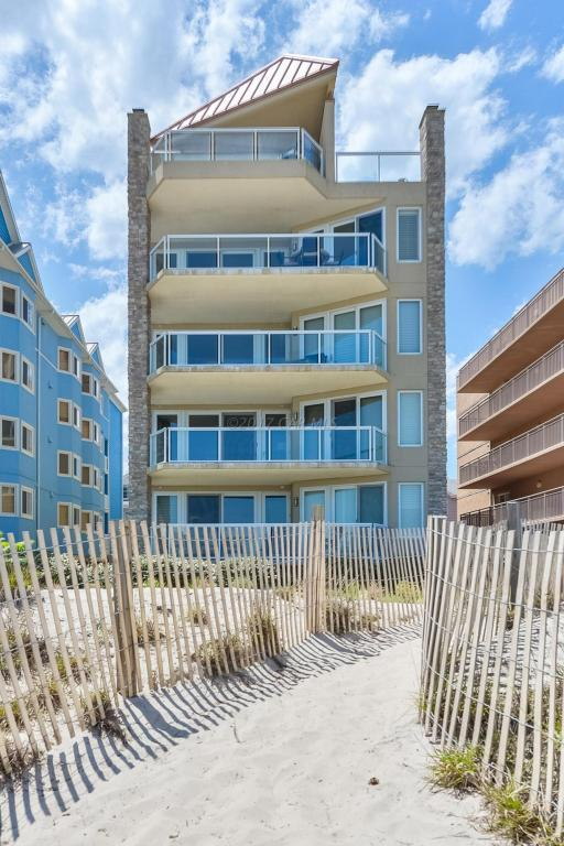 6305 Atlantic Ave #4, Ocean City, MD 21842 (MLS #511109) :: Atlantic Shores Realty