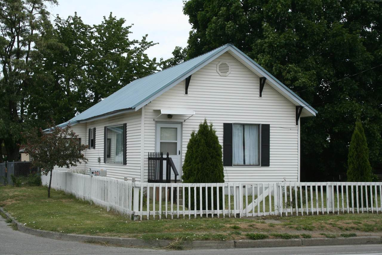 601 Best Ave - Photo 1
