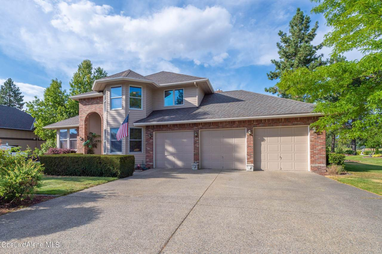 4431 Sterling Dr - Photo 1
