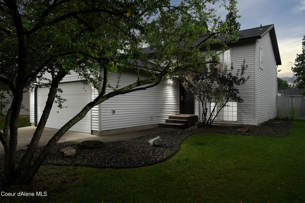 108 15TH Ave - Photo 1