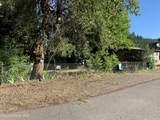 1402 Yellowstone Ave - Photo 2
