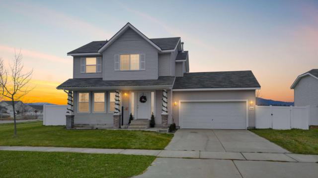 7544 N Courcelles Parkway, Coeur d'Alene, ID 83815 (#17-11998) :: Chad Salsbury Group