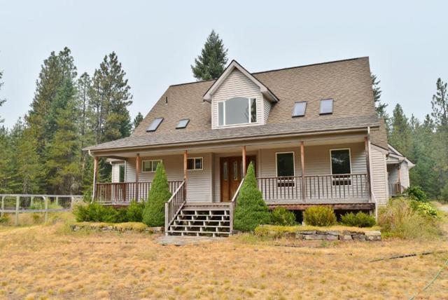 28495 N Moose St, Spirit Lake, ID 83869 (#17-9919) :: Chad Salsbury Group