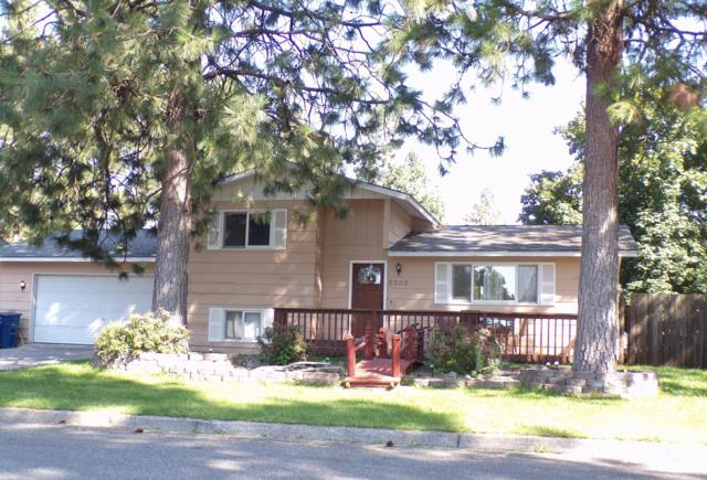 2302 N Lincoln St, Post Falls, ID 83854 (#18-10371) :: The Stan Groves Real Estate Group