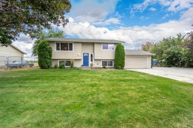 1898 E Prairie View Dr, Post Falls, ID 83854 (#18-10552) :: Link Properties Group