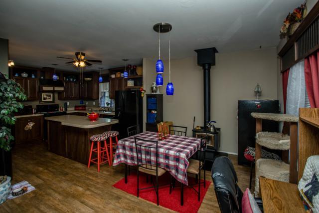 8561 N Cloverleaf Rd #23, Hauser, ID 83854 (#18-10627) :: Northwest Professional Real Estate