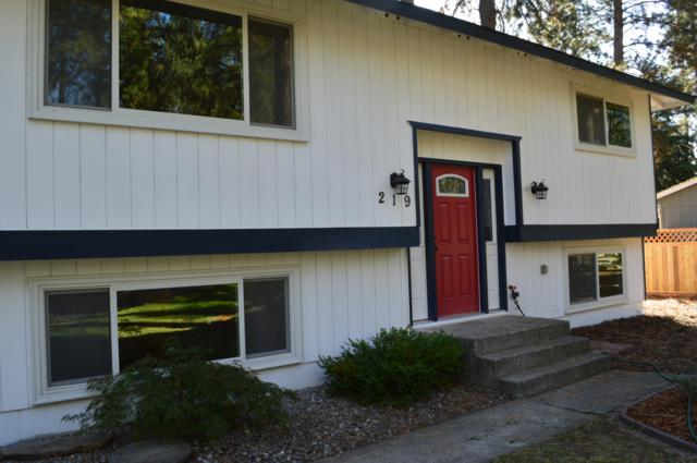 219 S Cottonwood Ct, Post Falls, ID 83854 (#18-10664) :: The Stan Groves Real Estate Group