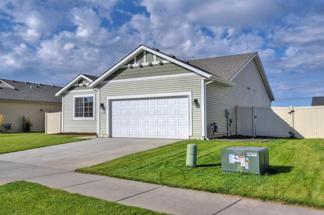 3247 N Woodford St, Post Falls, ID 83854 (#18-10842) :: The Jason Walker Team
