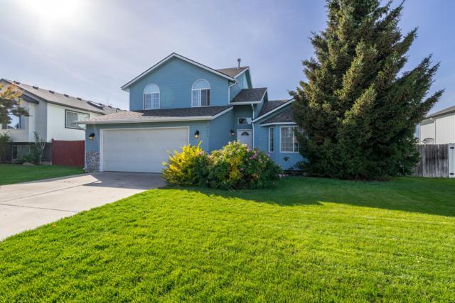 2875 N Sand Trap Way, Post Falls, ID 83854 (#18-11002) :: The Spokane Home Guy Group
