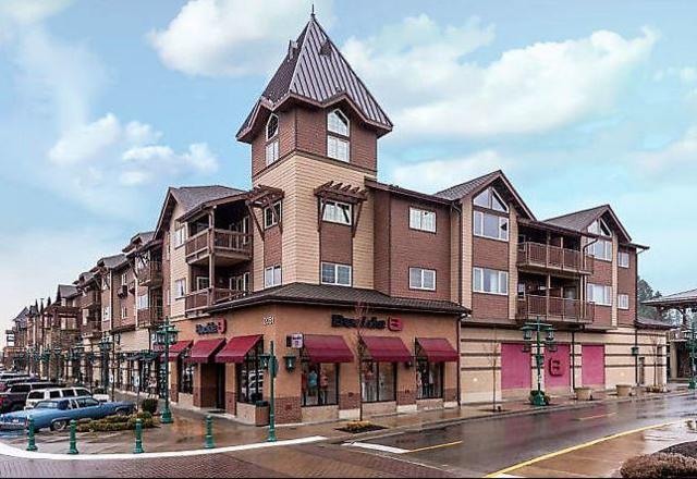 2051 N Main St #309, Coeur d'Alene, ID 83814 (#18-11242) :: Northwest Professional Real Estate