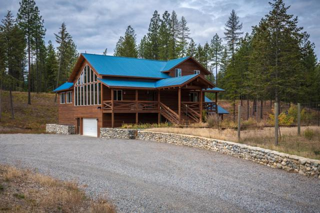 553 Dusty Ln, Naples, ID 83847 (#18-11296) :: Team Brown Realty