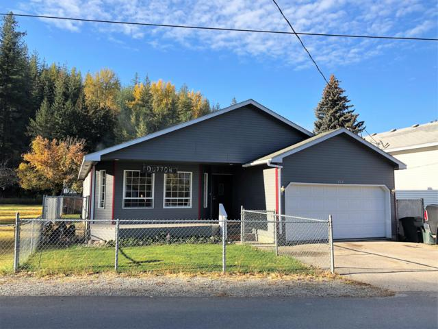 303 Maple Ave, Pinehurst, ID 83850 (#18-11427) :: Team Brown Realty
