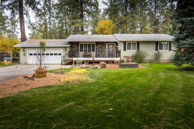 1307 E Fernwood Ct, Coeur d'Alene, ID 83814 (#18-11518) :: The Stan Groves Real Estate Group