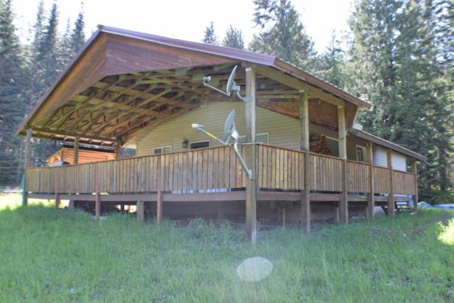 9345 Railroad Grade, St. Maries, ID 83861 (#18-1165) :: The Spokane Home Guy Group