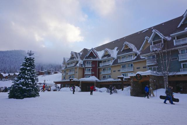 10000 Schweitzer Mtn Rd 413/415, Sandpoint, ID 83864 (#18-12938) :: Groves Realty Group