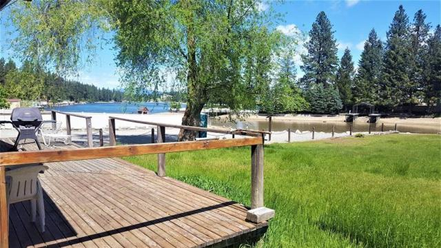 11251 W Riverview Dr, Post Falls, ID 83854 (#18-1357) :: Prime Real Estate Group