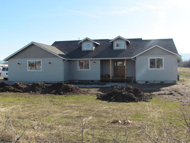 2562 W Grange Ave, Post Falls, ID 83854 (#18-1380) :: Prime Real Estate Group