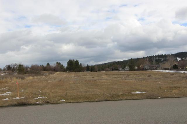 561 S Pleasant View Rd, Post Falls, ID 83854 (#18-2060) :: Team Brown Realty