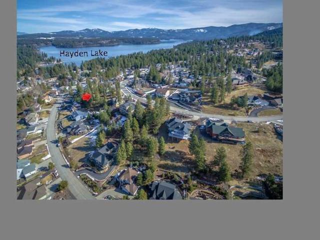 1985 E Grandview Dr, Coeur d'Alene, ID 83815 (#18-2299) :: Prime Real Estate Group