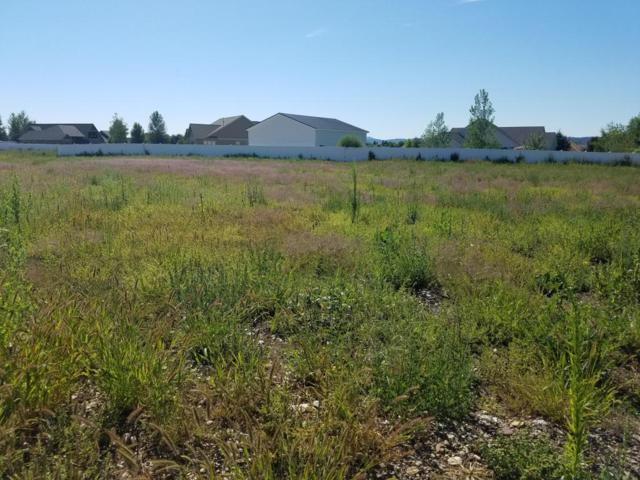 1557 W Broadwater Ct, Post Falls, ID 83854 (#18-3260) :: Prime Real Estate Group