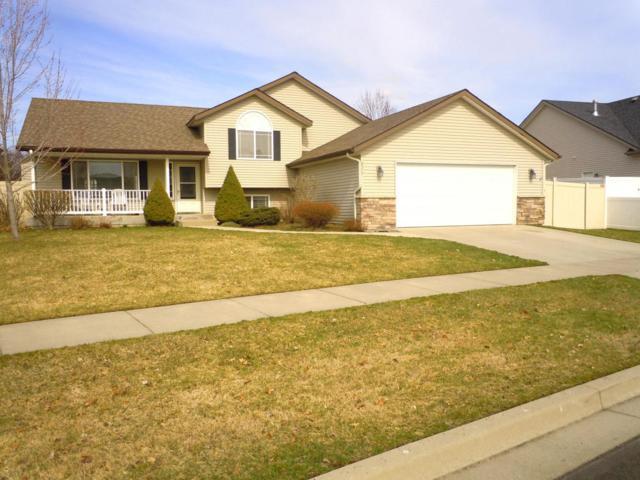 2575 W Ashland Ln, Hayden, ID 83835 (#18-3301) :: The Spokane Home Guy Group