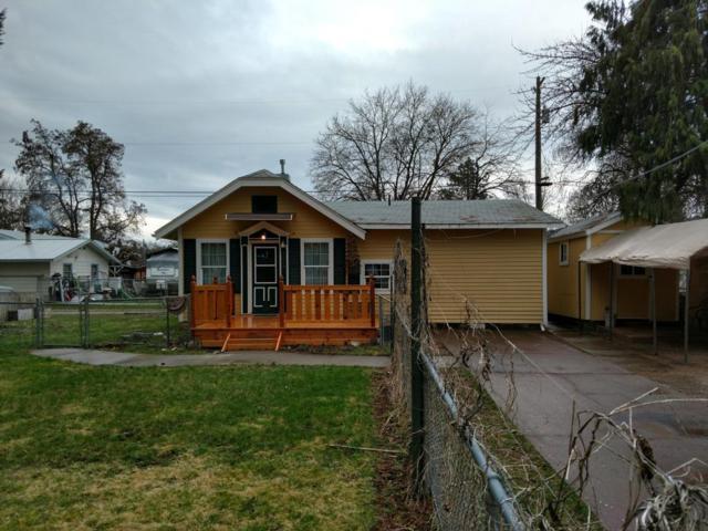 1216 E Garden Ave, Coeur d'Alene, ID 83814 (#18-3474) :: Team Brown Realty