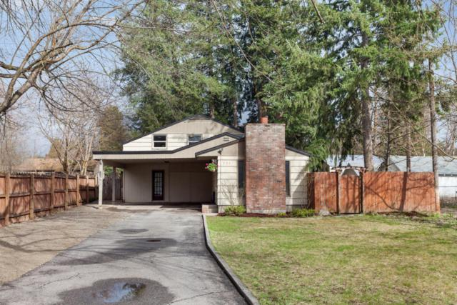 326 N 16TH St, Coeur d'Alene, ID 83814 (#18-3604) :: The Spokane Home Guy Group