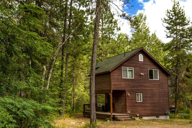 831 Woodland Dr, Sandpoint, ID 83864 (#18-3824) :: Link Properties Group