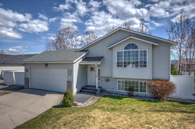 2622 N Mackenzie Dr, Post Falls, ID 83854 (#18-3955) :: The Spokane Home Guy Group