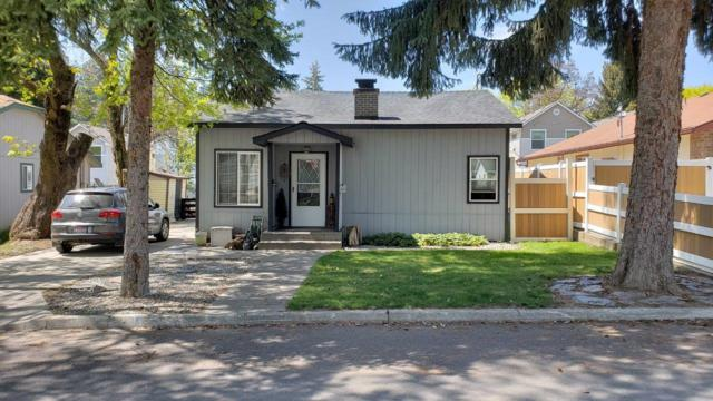 1051 N 1ST St, Coeur d'Alene, ID 83814 (#18-4662) :: The Spokane Home Guy Group