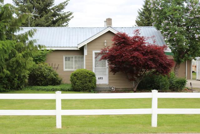 693 W Miles Ave, Hayden, ID 83835 (#18-5480) :: Prime Real Estate Group