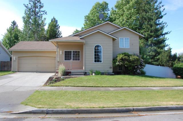 1430 W Ocean Ave, Coeur d'Alene, ID 83815 (#18-6495) :: The Spokane Home Guy Group