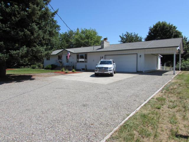 6952 N Colfax St, Dalton Gardens, ID 83815 (#18-7919) :: Link Properties Group