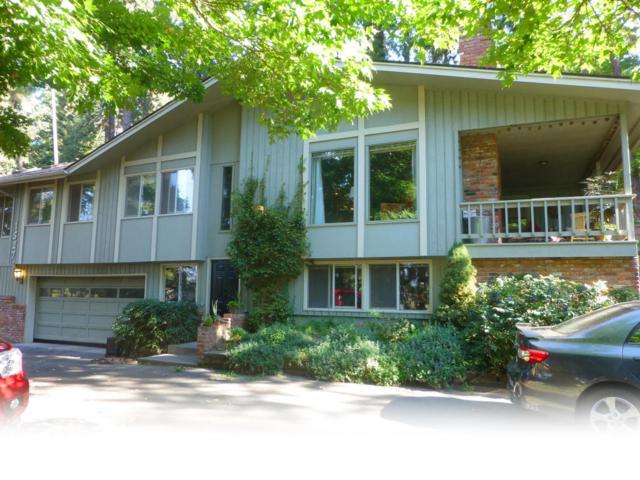 1527 E Woodland Dr, Dalton Gardens, ID 83815 (#18-8233) :: The Spokane Home Guy Group