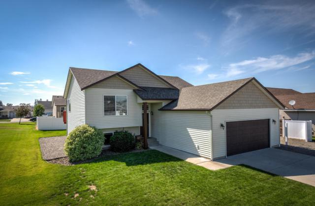 3853 N Pinnacle Ln, Post Falls, ID 83854 (#18-8474) :: The Stan Groves Real Estate Group