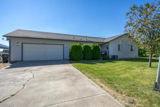 985 W Sheridan Ave, Hayden, ID 83835 (#18-8650) :: The Spokane Home Guy Group