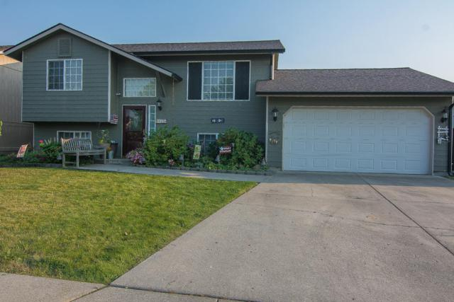 907 Glacier Peak Drive, Post Falls, ID 83854 (#18-9178) :: Prime Real Estate Group