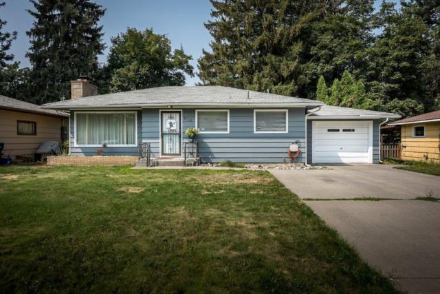 615 N 20TH St, Coeur d'Alene, ID 83814 (#18-9530) :: The Spokane Home Guy Group