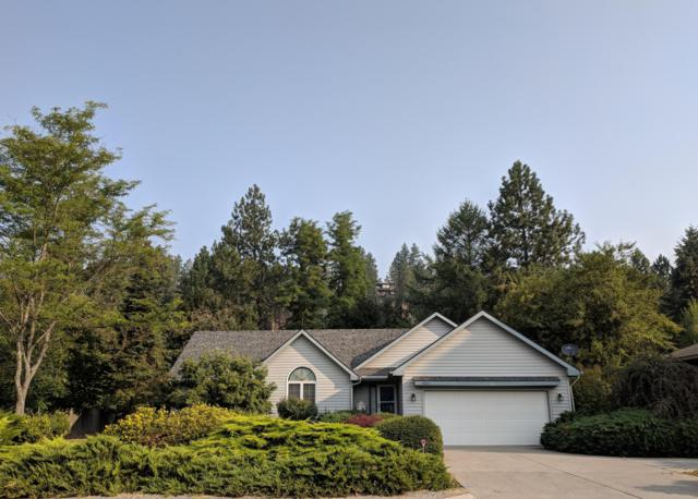 2905 E Fernan Lake Rd, Coeur d'Alene, ID 83814 (#18-9548) :: The Stan Groves Real Estate Group