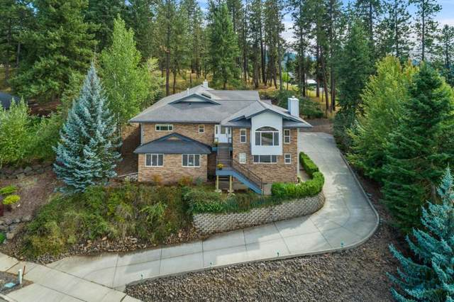 904 N Balcony Dr, Coeur d'Alene, ID 83814 (#19-10234) :: Kerry Green Real Estate
